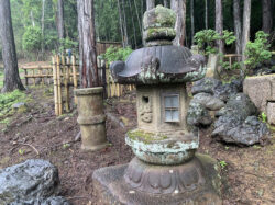 春日型灯籠