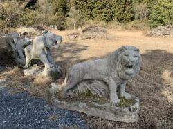 石造 獅子