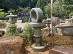知恵の輪型灯籠