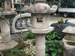 石清水型灯籠の変形