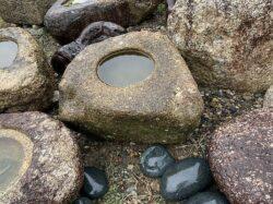 太閣石の水鉢